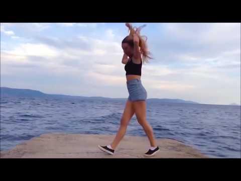 Талантливые девочки танцуют под клубную музыку 1