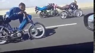 (mobylette 103 sp Peugeot ) 150km\h sur l autoroute