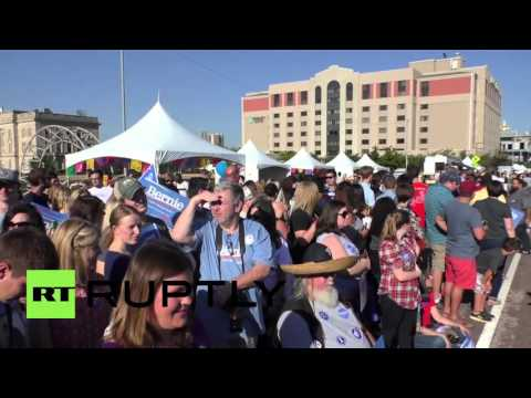 USA: Bernie Sanders calls for immigration policy reform at Latino Heritage Festival
