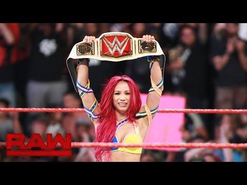 Sasha Banks vs. Charlotte - WWE Women's Championship Match: Raw, July 25, 2016