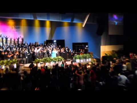 Crystal Rucker sings Kathy Taylor into a Praise Br.mp3