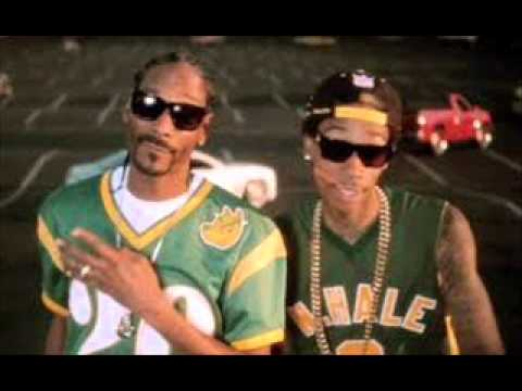 Wiz Khalifa Featuring Snoop Dogg   Young,Wild & Free Music Videos