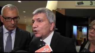 Nichi Vendola e Paolo De Castro su emergenza Xylella fastidiosa - 15 aprile 2015