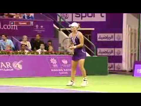 WTAツアー選手権 2010 - デメンティエワ vs Stosur Part 03
