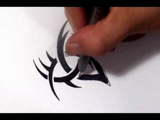 Drawing a Tribal Triquetra Tattoo Design