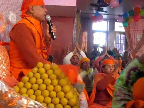 Pujye Sant Shri  Swami Mahadev Ji Given Congratulation To 7th Murti Sthapna Diwas Rajpura video