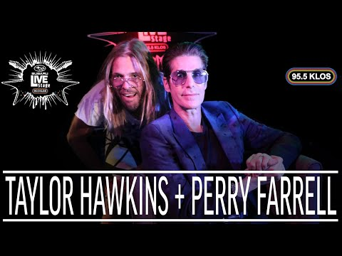 Download Taylor Hawkins & Perry Farrell Talk the Most Underrated ian | KLOS Subaru Live Stage Mp4 baru