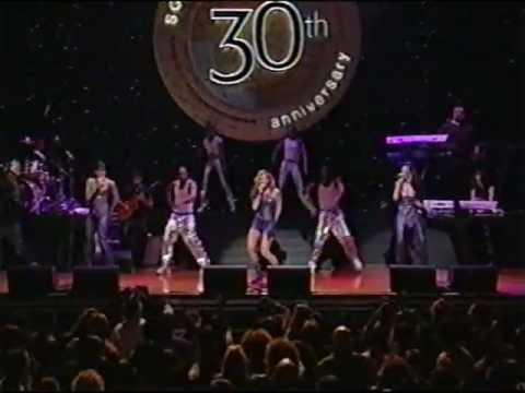 Destiny&#039;s Child - &quot;Independent Women&quot; (Live)