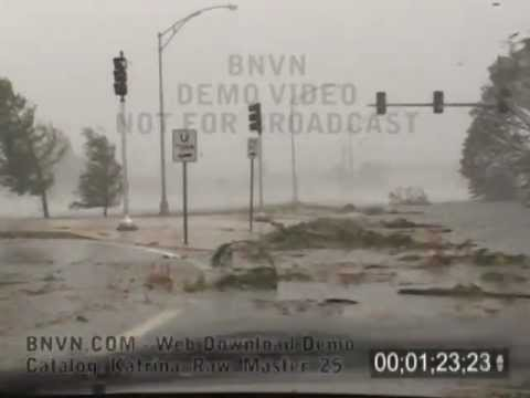 8/29/2005 Hurricane Katrina, Drive through the flooding in NOLA area - Katrina Raw Master 25