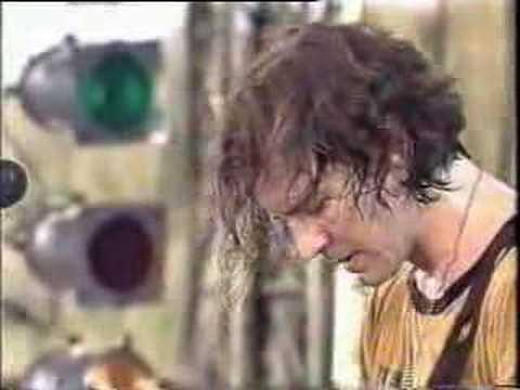 Pearl Jam - Rear View Mirror