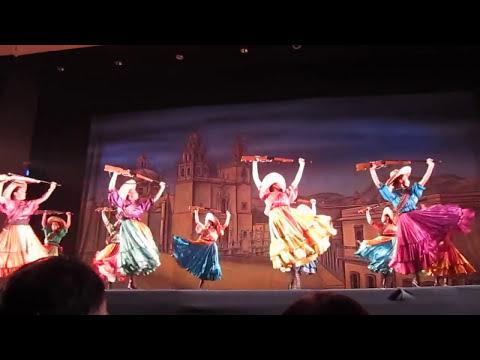 ''Adelita'', La Revolucion, Parte 1, Ballet Folklorico de Mexico de Amalia Hernandez