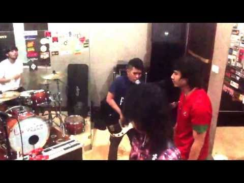 Leonidas Band rehearsal @ La Voice Studio