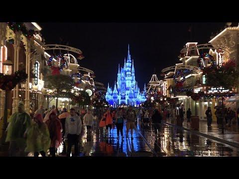 Surprise Day | Kinder Playtime Walt Disney World Celebration Trip Vlog Part 1