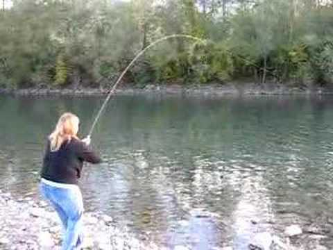 Vedder River, Chilliwack, BC, Fish Fight