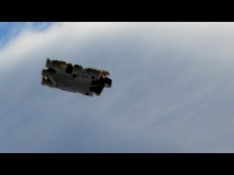 TONS OF UFOS!! You Probably Never Seen!  NICE :) UFO 2015
