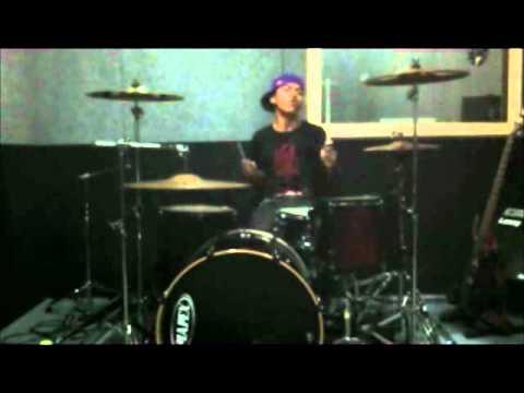Billly Klavert (audisi videoclip TRIAD).wmv