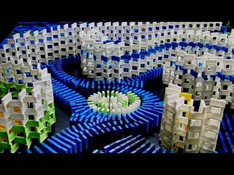 Starry Night - Vincent van Dominogh (7,000 dominoes)