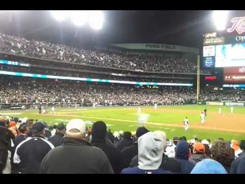 Tigers Win 2012 ALCS Game 3 vs Yankees, Phil Coke fans last batter