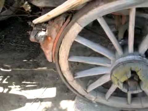 Road Trip Ep#5: - Antique machinery, slab building and cob pizza oven