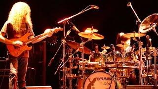 """川口千里 (Senri Kawaguchi) - 2015.12.28 Gate's7でのライブから""""EROTIC CAKES""""の映像を公開 Guthrie Govan Japan Tour thm Music info Clip"""