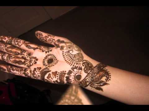 Mehndi Layonge Mein Sajna Ke Naam Ke video