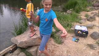 CATCHING FISH (RAINBOW TROUT) ON EVERY CAST AT ASPEN MIRROR, UTAH!! TRAVELLING THE WEST!!