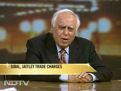 Kapil Sibal vs Arun Jaitley on tackling corruption