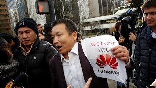 Chinese Breaking iPhones After Google Suspends Android Support For Huawei Following Trump's Verdict!