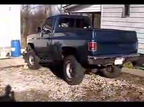 1984 Chevy truck with cam Video