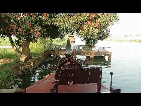 Kumarakom Houseboat Trip - Kerala Backwaters