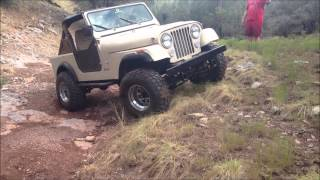 Lifted 1985 Jeep CJ7 Trail Riding