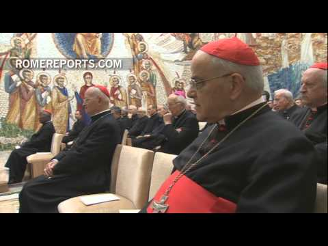 Pope Francis listens to first Homily of Advent