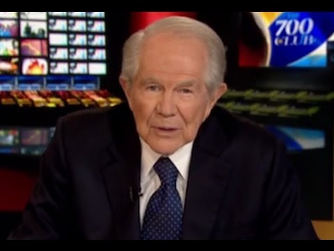 Pat Robertson Tells GOP To Give Up On Debt Ceiling, Shutdown