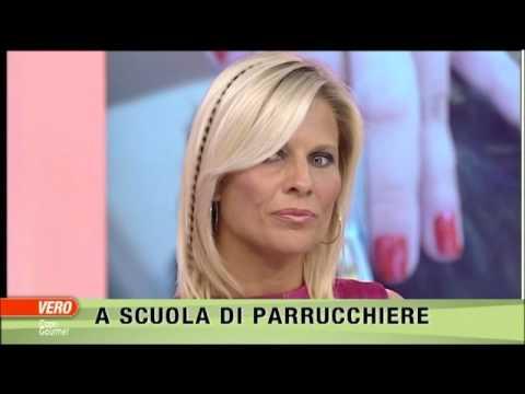 Laura Freddi indossa in diretta le nuove extension Ixten hair design