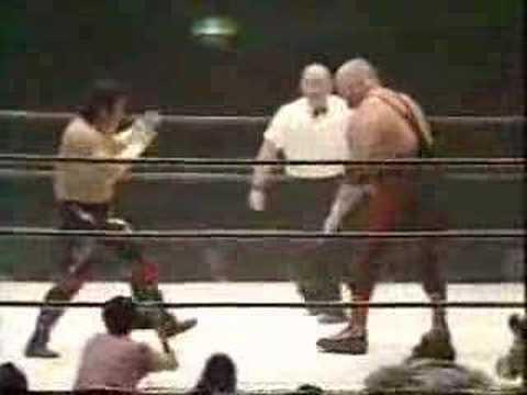 Super Vader vs. Tatsuo Nakano