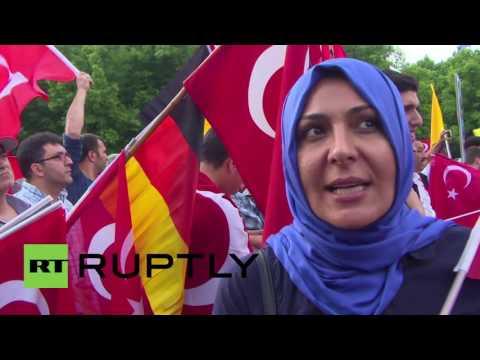 Germany: Turkish community rally against Bundestag's debate on Armenian genocide