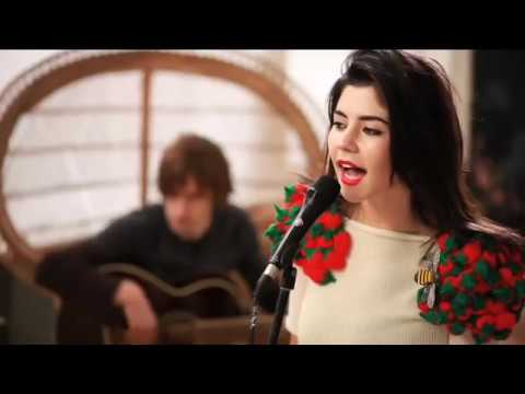 "MARINA AND THE DIAMONDS | ""HOLLYWOOD"" [ACOUSTIC]"