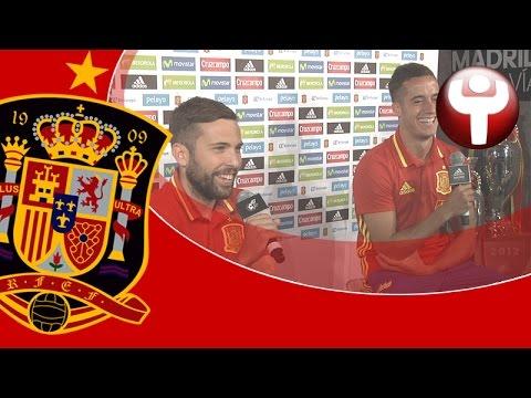 El buen rollo entre Jordi Alba y Lucas Vázquez
