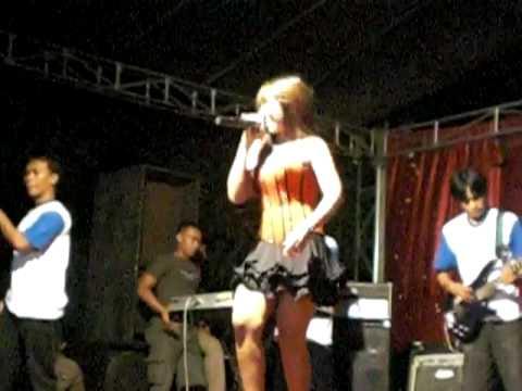 Show Hot Arie Bohay ~~ Madu 3