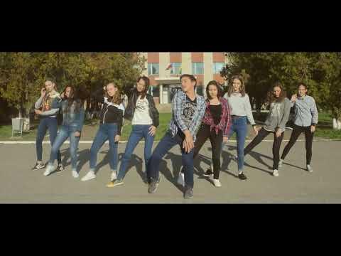 "Танец под песню ""Хочу танцевать"""