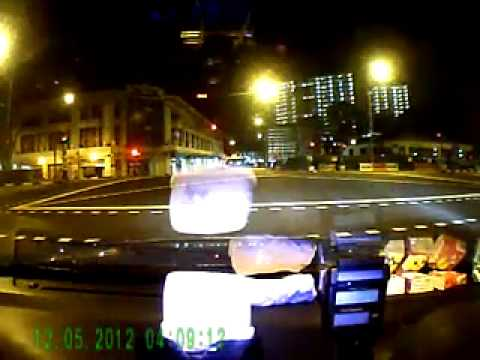 Singapore tragic accident video - warning, graphic (Ferrari / Taxi)