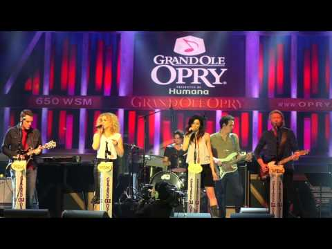 Little Big Town - Pontoon, Crs 2013 (the Grand Ole Opry) video