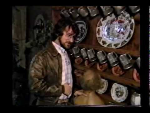 STEVEN SPIELBERG & JAPANESE TELEVISION INTERVIEW (CHRISTMAS 1982)