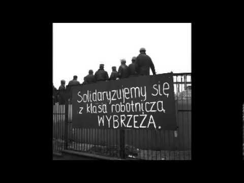 Dziewczyna Ze Sztandarem - Wiersz - Gdańsk - Wydarzenia Grudniowe 1970