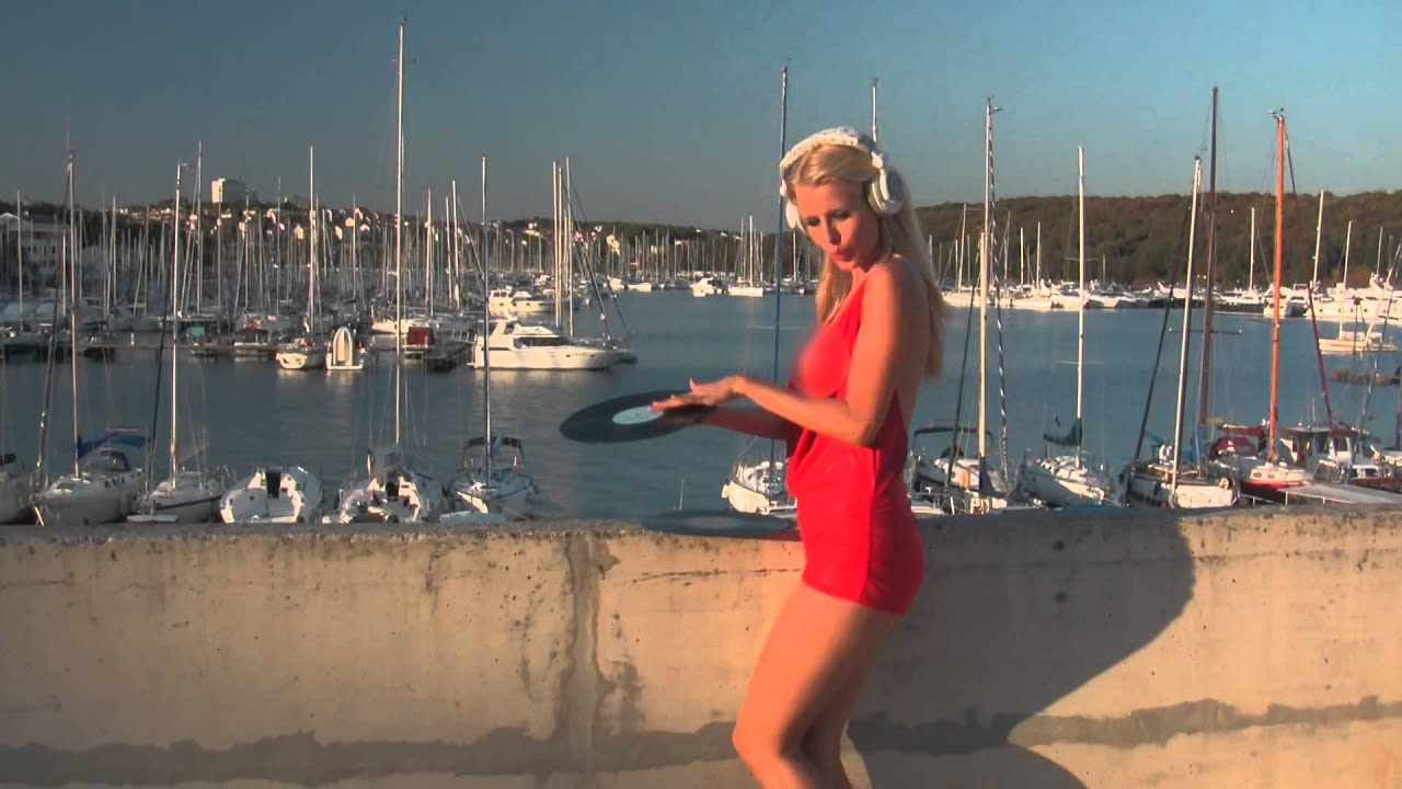 Topless DJ Miss Lynna - Croatia 2013 - censored version