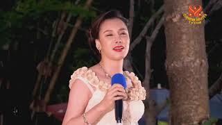 Love Me -  Nhạc & lời: Thanh Hải Vô Thượng Sư - Ca Sĩ Hồ Quỳnh Hương.