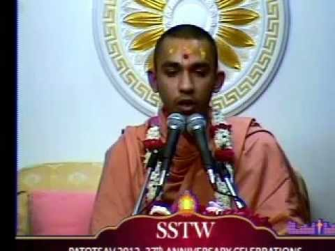 Willesden Temple 37th Patotsav 2012 - Day 3 - Morning Katha