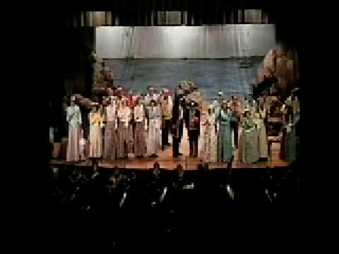 DANIEL KRAVETZ CONDUCTS GILBERT & SULLIVAN: THE PIRATES OF PENZANCE--Act I Finale