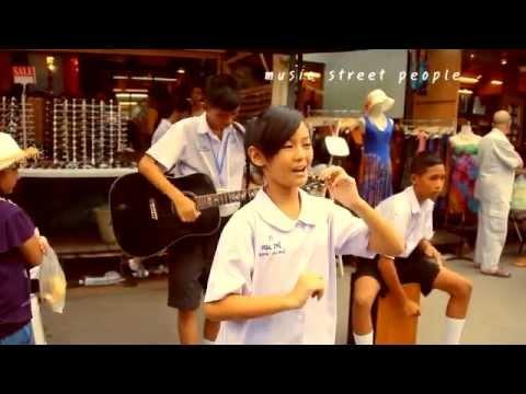 Music Street People (Place : JJ Weekend Market, Bangkok, Thailand)