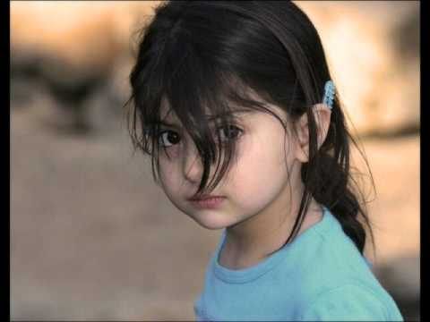 Be Pardagi By Tareq Jameel Sahab.wmv video
